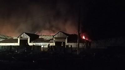 Specialiștii au stabilit trei cauze ale incendiului de la Strășeni: scurtcircuitul, imprudenţa sau incendierea