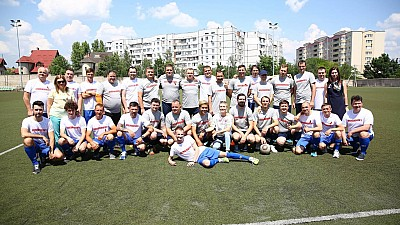 Meci de fotbal neobișnuit în Capitală. Persoanele infectate cu HIV, susţinute de oficiali