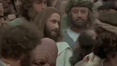 În această duminică creștinii ortodocși sărbătoresc Rusaliile. Cui îi este închinată aceasta