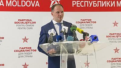 Decizie NEAŞTEPTATĂ din partea lui Ion Ceban. Socialistul îşi dă demisia din funcţia de purtător de cuvânt al preşedintelui ţării