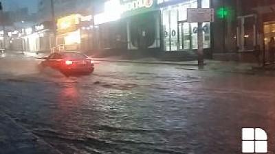 POTOP în Capitală şi în alte localităţi din ţară. Ploaia face ravagii