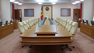 Moldovenii salută decizia Guvernului de a merge în teritoriu pentru a discuta direct cu cetăţenii