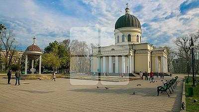Mitropolia Moldovei a venit cu precizări în cazul parohului Maxim Melinte, căruia i s-a interzis să mai oficieze slujbe