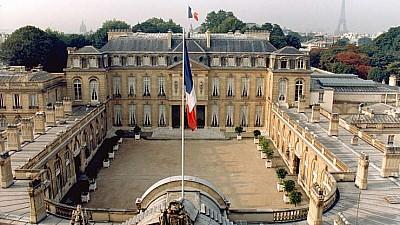 Imaginea zilei: Emmanuel Macron a organizat un festival de muzică electronică în curtea Palatului Elysee