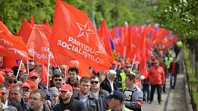 Отстаивают русский язык. Инициативная группа проводит акции протеста по всей Молдове