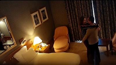 СКАНДАЛЬНОЕ ВИДЕО! В интернете появилось видео Мухтар Аблязов с Людмилой Козловской