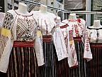 Festivalului Portului Popular într-o localitate din raionul Drochia. Zeci de localnici au îmbrăcat costume naţionale şi au defilat pe străzi