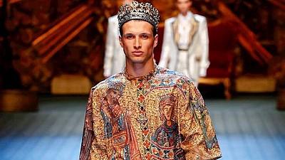 Наши в Милано. Молдаванин дефилирует в одежде знаменитых Dolce&Gabbana