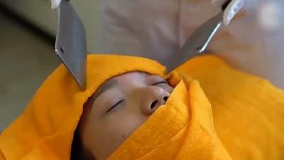 Masaj cu cuțite, în stil chinezesc. Ce beneficii oferă acesta pentru sănătate