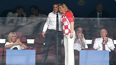 Emanuel Macron și Kolinda Grabar-Kitarovici au făcut spectacol în timpul meciului dintre Franța și Croația. Ce au făcut cei doi oficiali după anunțarea scorului