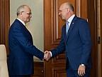 Ambasadorul Federației Ruse la Chișinău și-a încheiat mandatul. Pavel Filip i-a mulţumit lui Farit Muhametşin pentru colaborare