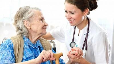 Cu grijă pentru sănătate. Peste o sută de vârstnici din raionul Cantemir au fost examinaţi gratuit de o echipă de medici din Chișinău