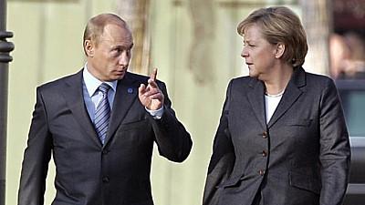 Întâlnire discretă dintre Vladimir Putin şi Angela Merkel. Oficialii nu au susţinut tradiţionala conferinţă comună