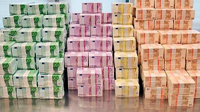 Evaziune fiscală de proporţii, comisă în Uniunea Europeană. Peste 55 de miliarde de euro au fost fraudate prin intermediul unei scheme criminale