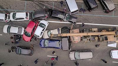 CARAMBOL în capitala Ucrainei. O automacara care circula cu viteză pe o autostradă din Kiev a avariat 21 de mașini din trafic