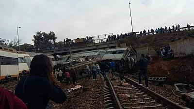 Catastrofă feroviară în Maroc! Şapte oameni au murit, iar 80 au fost răniți, după ce un tren a deraiat