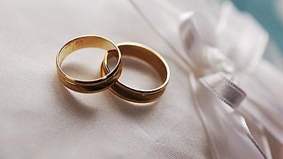 Agenţia Naţională de Administrare Fiscală din România OBLIGĂ tinerii căsătoriți să declare în scris firmele cu care au colaborat pentru organizarea nunților